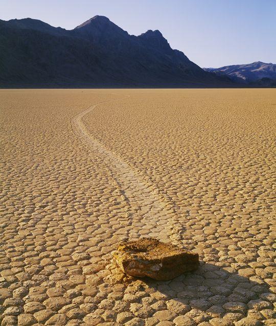 Le pietre che si muovono da sole.