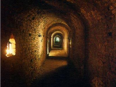 grotta2 Torino città magica - I misteri di una città al centro della magia.