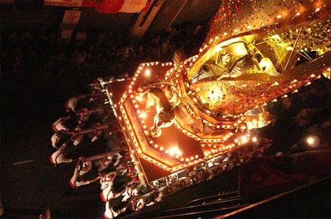 macchina-di-santa-rosa-viterbo-1 Lo spettacolo della macchina di Santa Rosa a Viterbo