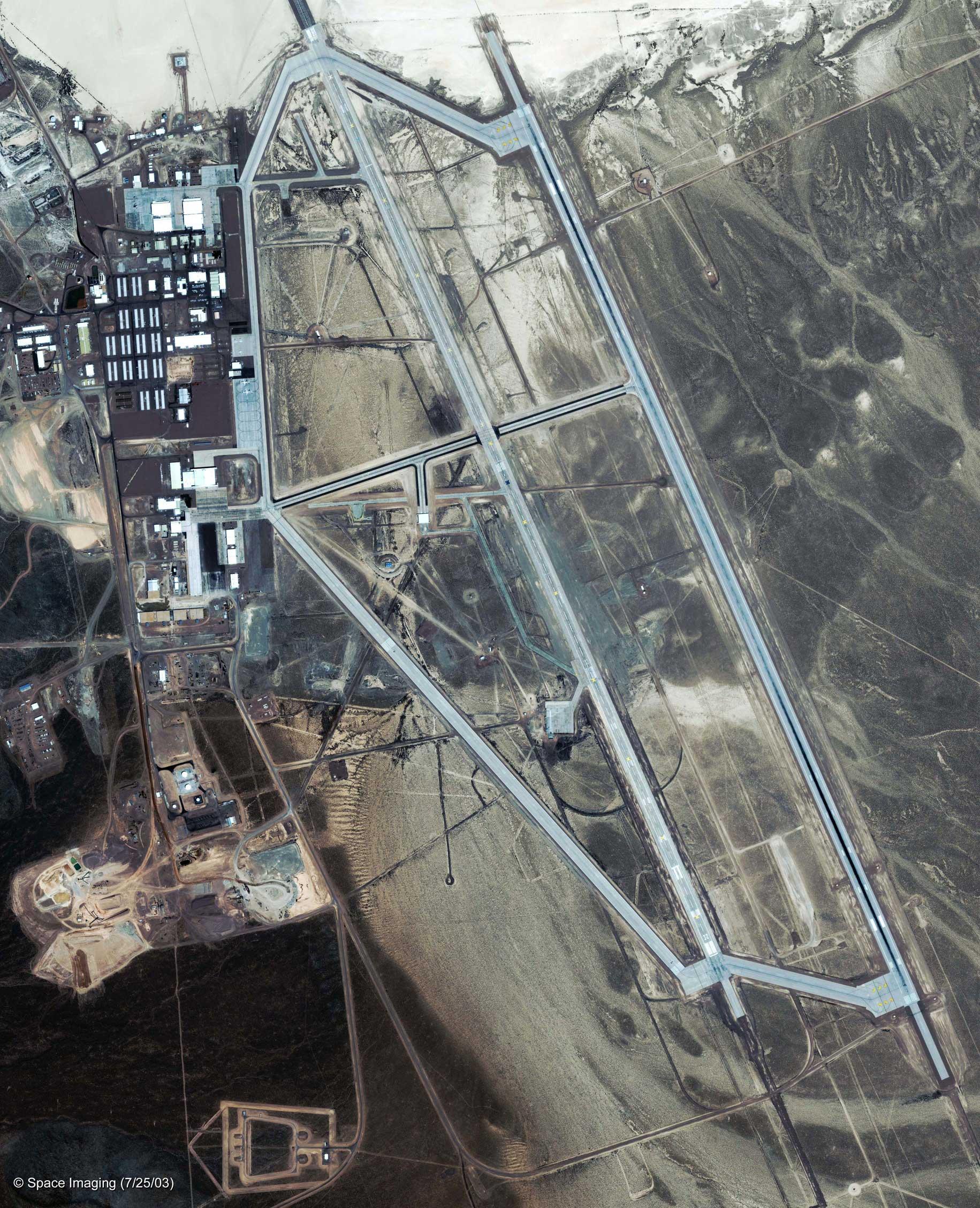Area_51 Area 51, le confessioni shock degli scienziati lasciano senza parole.
