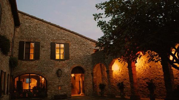 1404468421_Castello-di-Montebello-2009-37-600x335